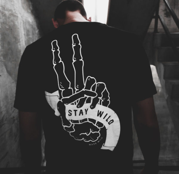 men-hand-tshirt2